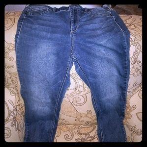 Denim crop pants